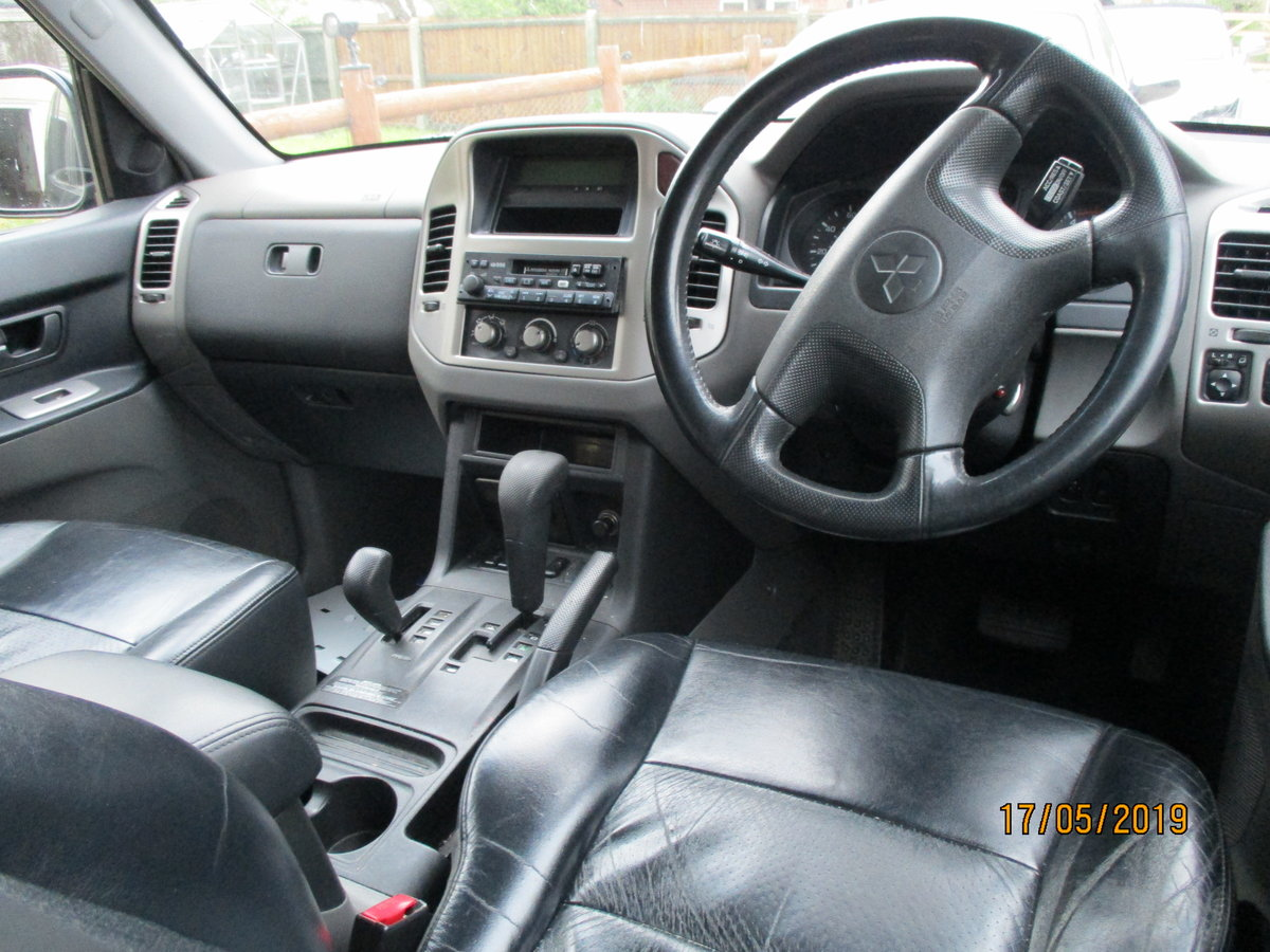2004 4X4 DIESEL AUTO IN BLACK MACHING LEATHER TRIM LWB T/B 7 SEAT For Sale (picture 3 of 6)
