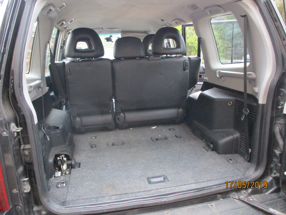 2004 4X4 DIESEL AUTO IN BLACK MACHING LEATHER TRIM LWB T/B 7 SEAT For Sale (picture 5 of 6)