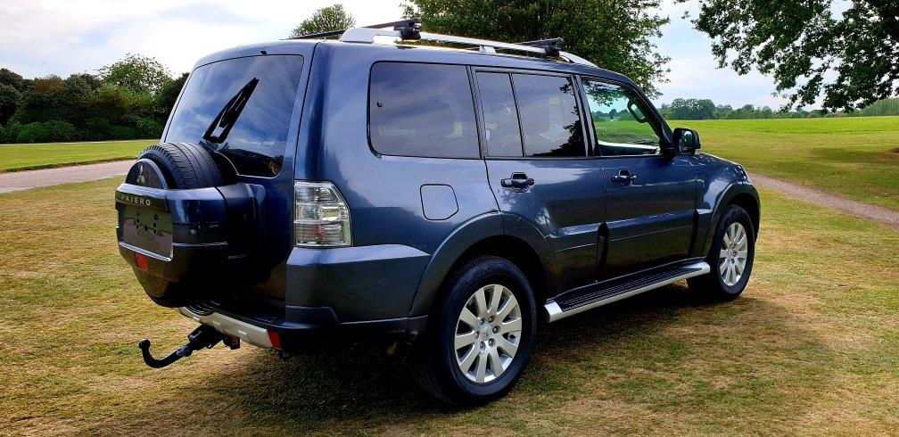2007 LHD MITSUBISHI PAJERO / SHOGUN 3.2 4X4 LEFT HAND DRIVE  For Sale (picture 3 of 6)