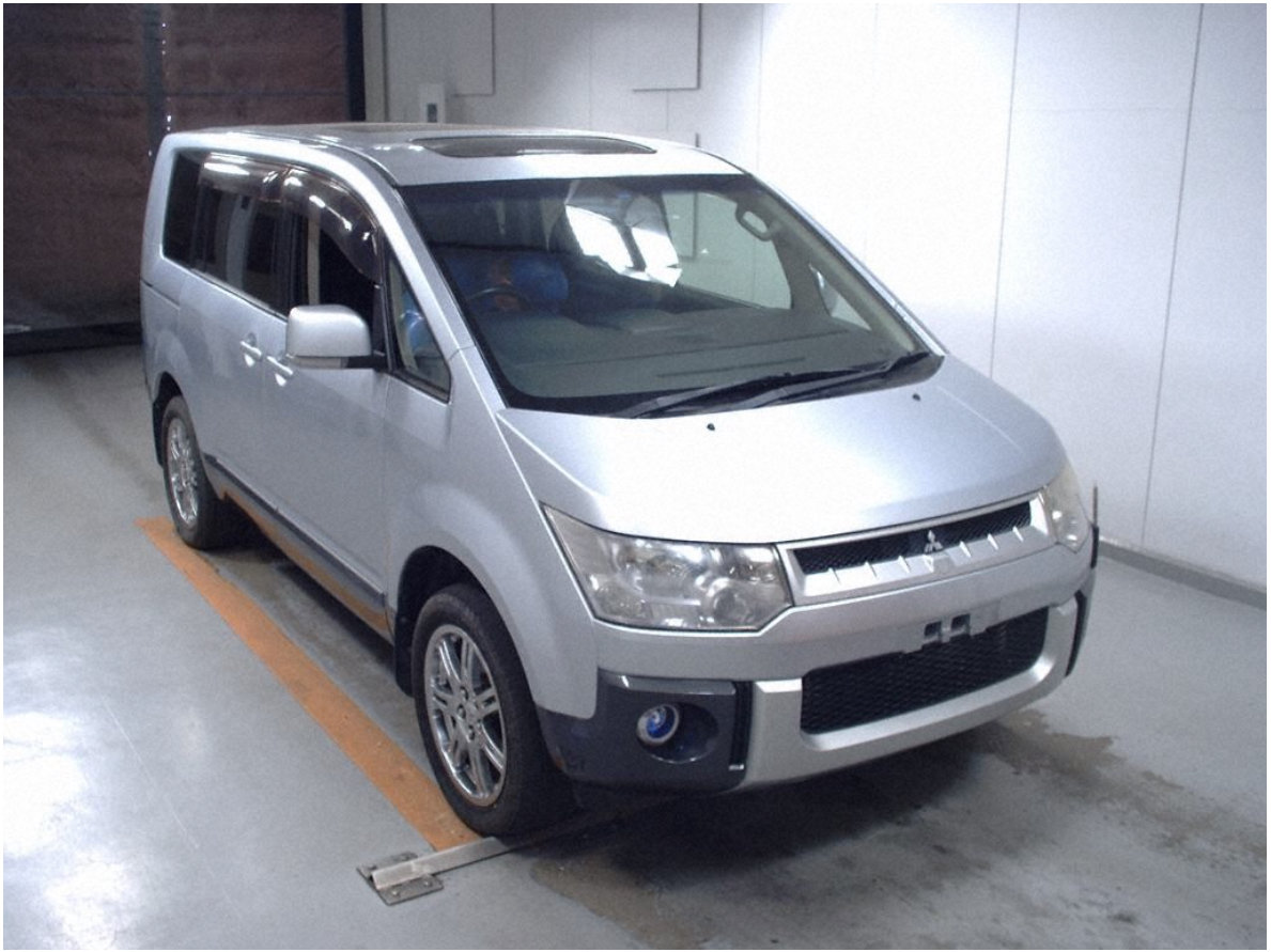 2008 Excellent Condition Delica for sale *Direct from Japan* For Sale (picture 1 of 6)