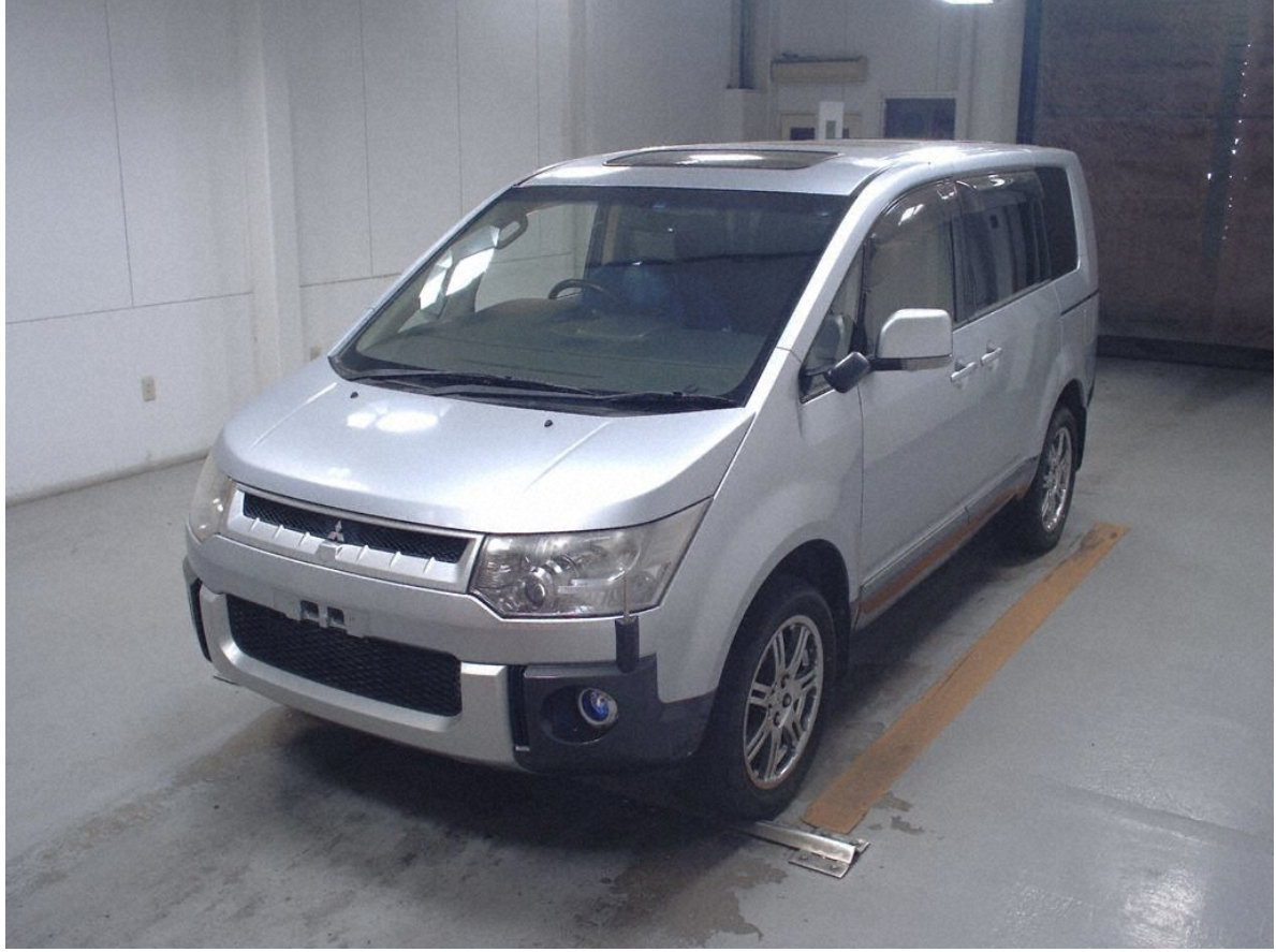 2008 Excellent Condition Delica for sale *Direct from Japan* For Sale (picture 2 of 6)