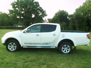 2011 low mileage double cab barbarian with full leather and air