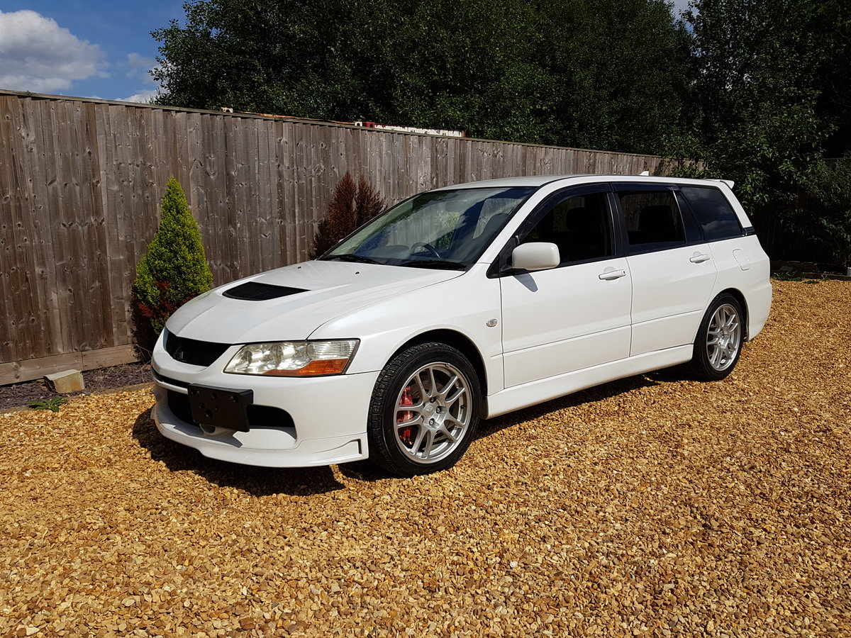 2006 MITSUBISHI EVO 9 WAGON MANUAL For Sale (picture 1 of 6)