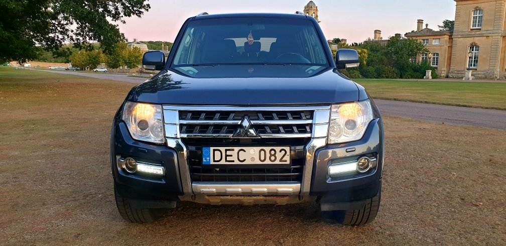 2008 LHD MITSUBISHI PAJERO 3.2 DIESEL 7 SEATER LEFT HAND DRI For Sale (picture 2 of 6)