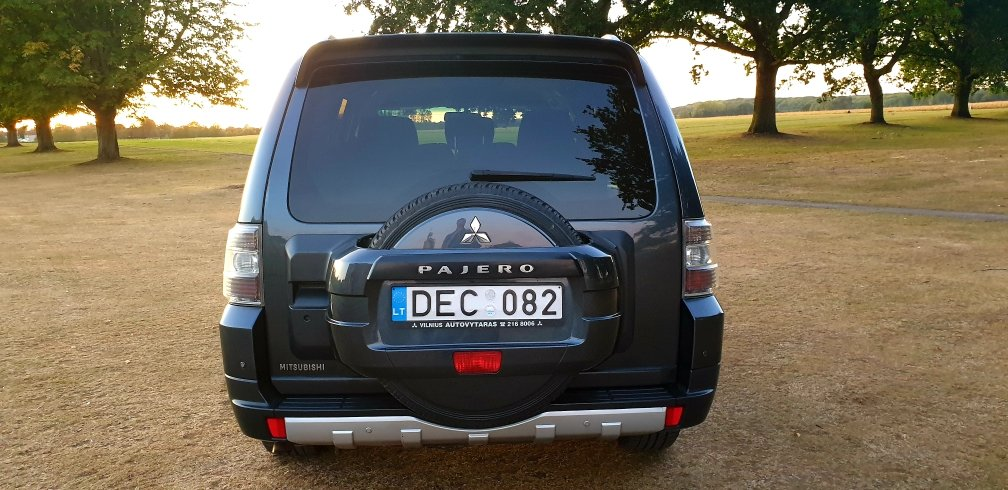 2008 LHD MITSUBISHI PAJERO 3.2 DIESEL 7 SEATER LEFT HAND DRI For Sale (picture 4 of 6)