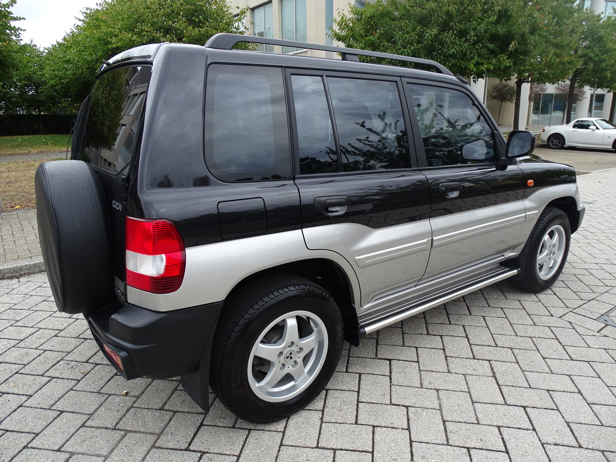 2001 2.0 GDI ELEGANCE AUTO ++ 9K MILES FROM NEW ++  1 LADY OWNER  For Sale (picture 2 of 6)