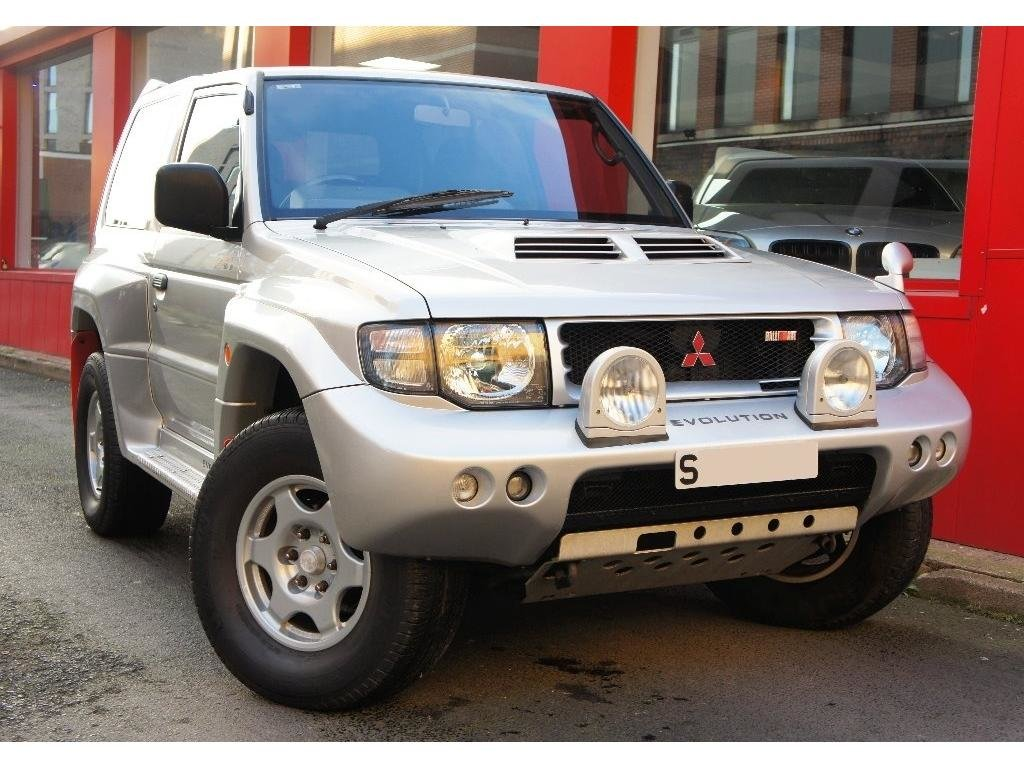 1999 Mitsubishi Pajero 3.5 MIVEC EVOLUTION RALLIART For Sale (picture 1 of 6)