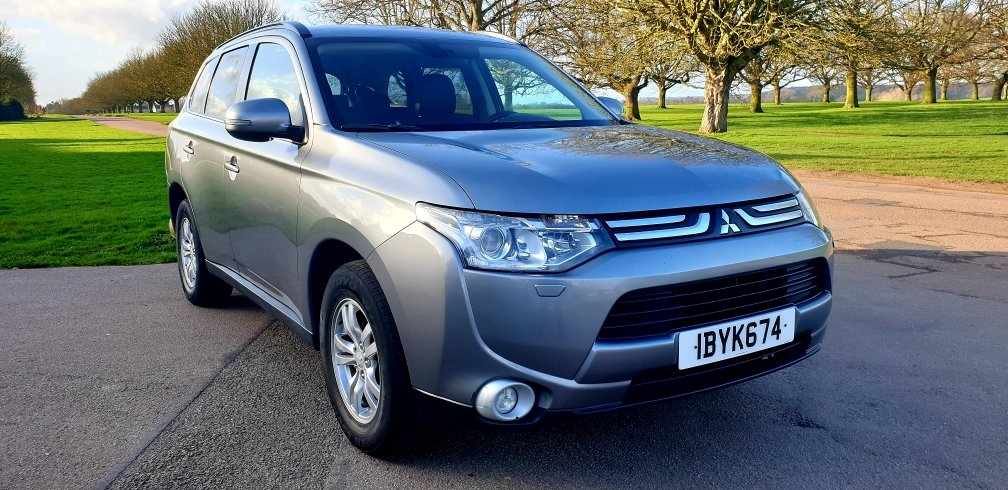 2013 LHD MITSUBISHI OUTLANDER 2.3 DI-D, LEFT HAND DRIVE For Sale (picture 1 of 6)