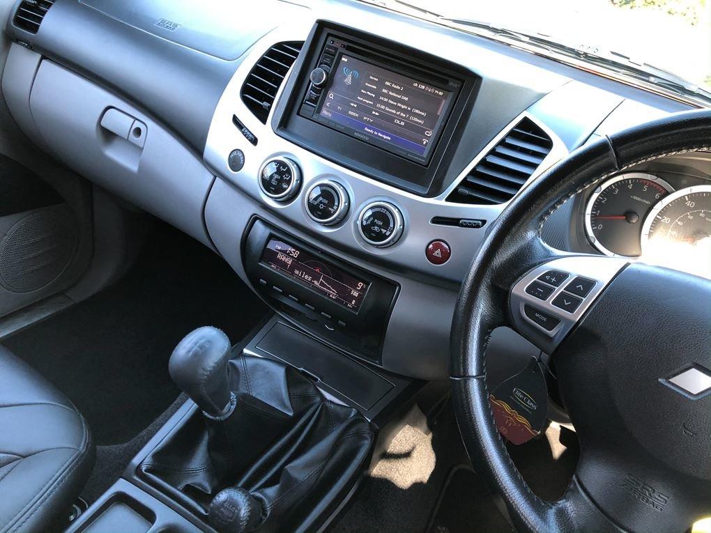 2014 Mitsubishi  L200  DI-D 4X4 BARBARIAN LB Double Cab NO VAT  1 For Sale (picture 6 of 16)