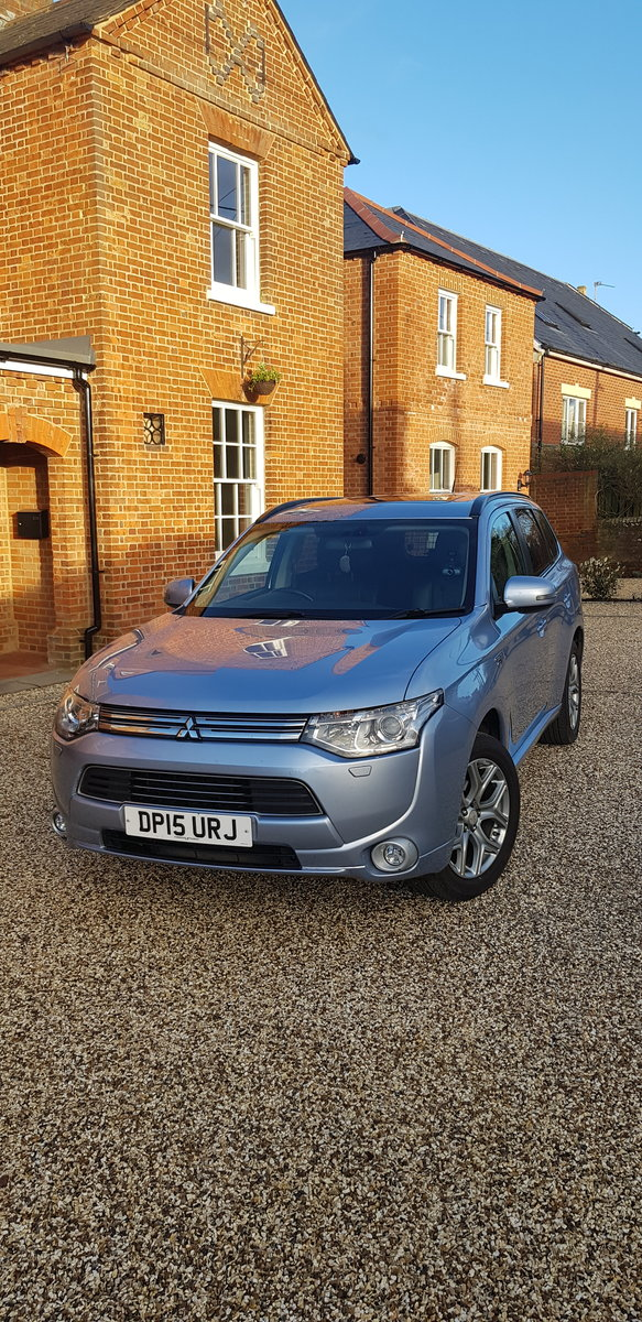 2015 Mitsubishi Outlander PHEV GH4s HYBRID For Sale (picture 1 of 6)
