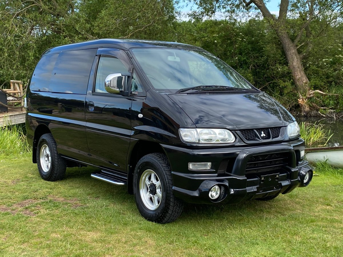 2005 MITSUBISHI DELICA 3.0 4X4 HIGH ROOF ACTIVE FIELD EDITION * 8 SOLD (picture 1 of 6)