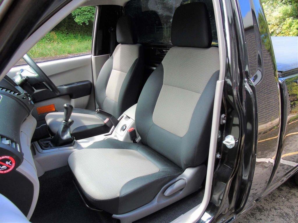 2014 Mitsubishi L200 2.5 DI-D CR 4Work Single Cab 4WD 2dr (EU5) For Sale (picture 7 of 10)