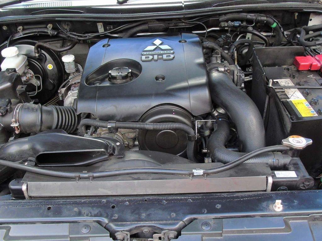 2014 Mitsubishi L200 2.5 DI-D CR 4Work Single Cab 4WD 2dr (EU5) For Sale (picture 10 of 10)