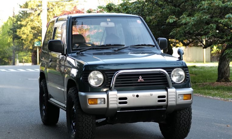 1995 Mitsubishi Pajero Mini 4×4 VR-2 5-speed Jade RHD $6k For Sale (picture 3 of 6)