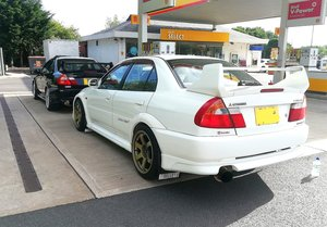 Picture of 1998 Mitsubishi lancer evolution 5