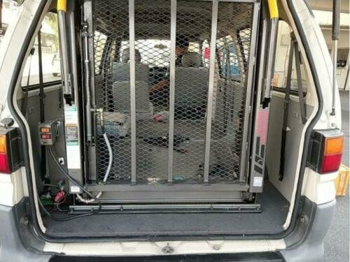 2000 MITSUBISHI DELICA 2.4 SPACEGEAR LONG & HIGH ROOF WHEELCHAIR  For Sale (picture 5 of 6)