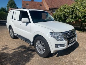 **OCTOBER ENTRY** 2015 Mitsubishi Shogun For Sale by Auction