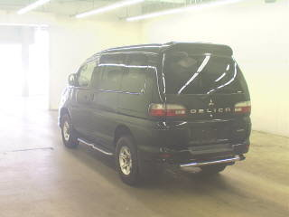 2005 MITSUBISHI DELICA SPACE GEAR 3.0 4X4 LOW MILEAGE * 8 SEATER  For Sale (picture 2 of 3)