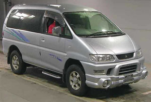 2005 MITSUBISHI DELICA SPACE GEAR 3.0 CHAMONIX 20TH ANNIVERSARY For Sale
