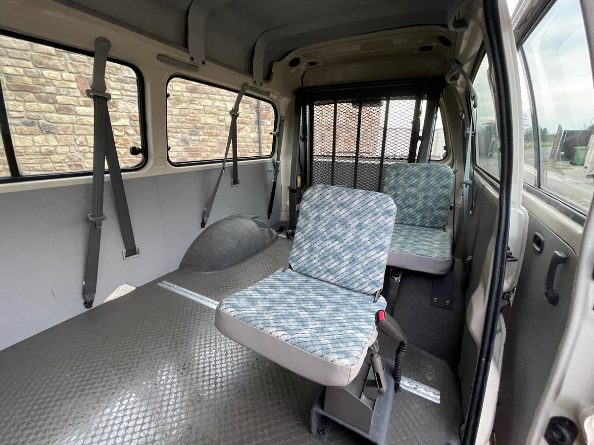 2000 MITSUBISHI DELICA 2.4 SPACEGEAR LONG & HIGH ROOF WHEELCHAIR  For Sale (picture 4 of 6)