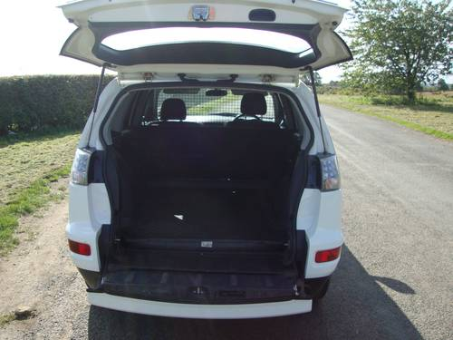 2011 MITSUBISHI OUTLANDER 2.2 Did 5 DOOR COMMERCIAL For Sale (picture 5 of 6)