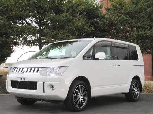 2007 MITSUBISHI DELICA D5 C2 G POWER PACKAGE 2.4 AUTO * 8 SEATER SOLD (picture 1 of 6)