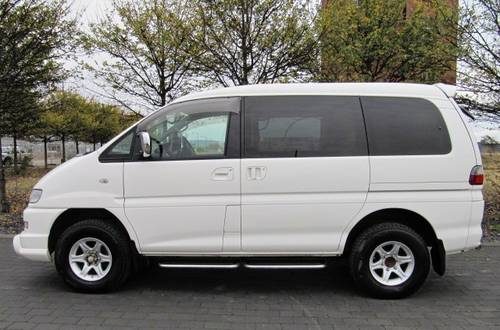 2006 DELICA SPACEGEAR 3.0 ACTIVE FIELD 7 SEATER 4X4  SOLD (picture 2 of 6)