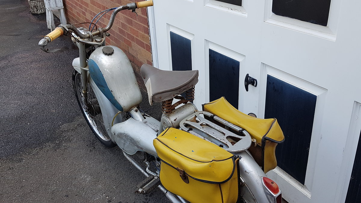 1960 VINTAGE FRENCH AZURETTE MOPED LIGHT RESTORE For Sale (picture 5 of 6)