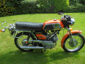 Motobecane lt125 elecronic 1973 twin cylinder