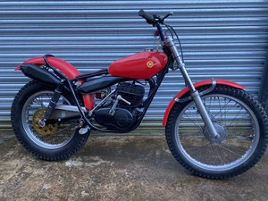 MONTESA TWIN SHOCK TRIALS ACE BIKE RUNS MINT! OSSA TANK