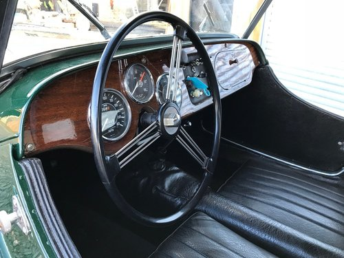 1969 MORGAN 4/4 LEFT HAND DRIVE 2 SEATER MODEL For Sale (picture 3 of 6)