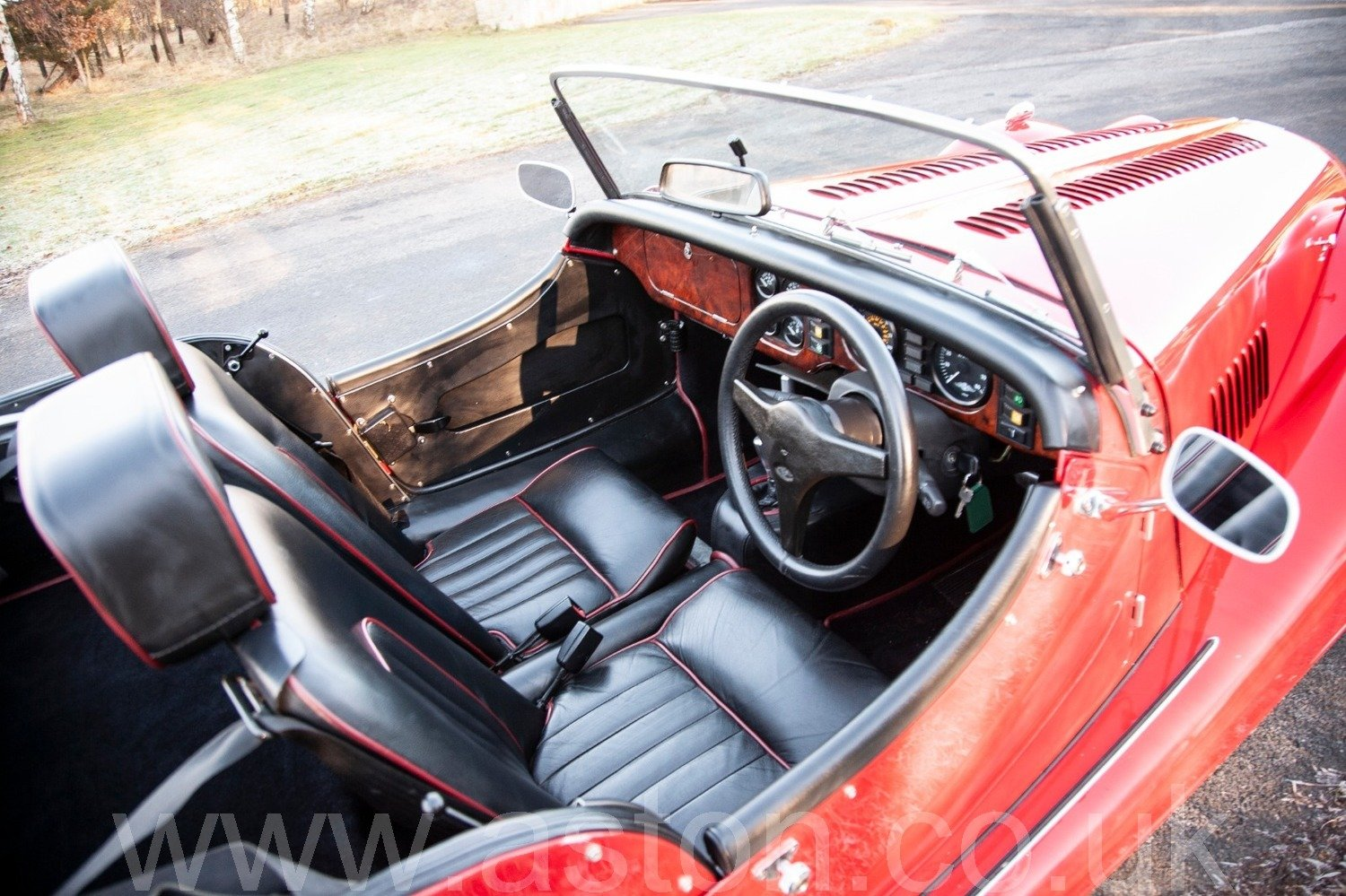 2002 Morgan 4/4 - Narrow Body (1.8) SOLD (picture 3 of 6)
