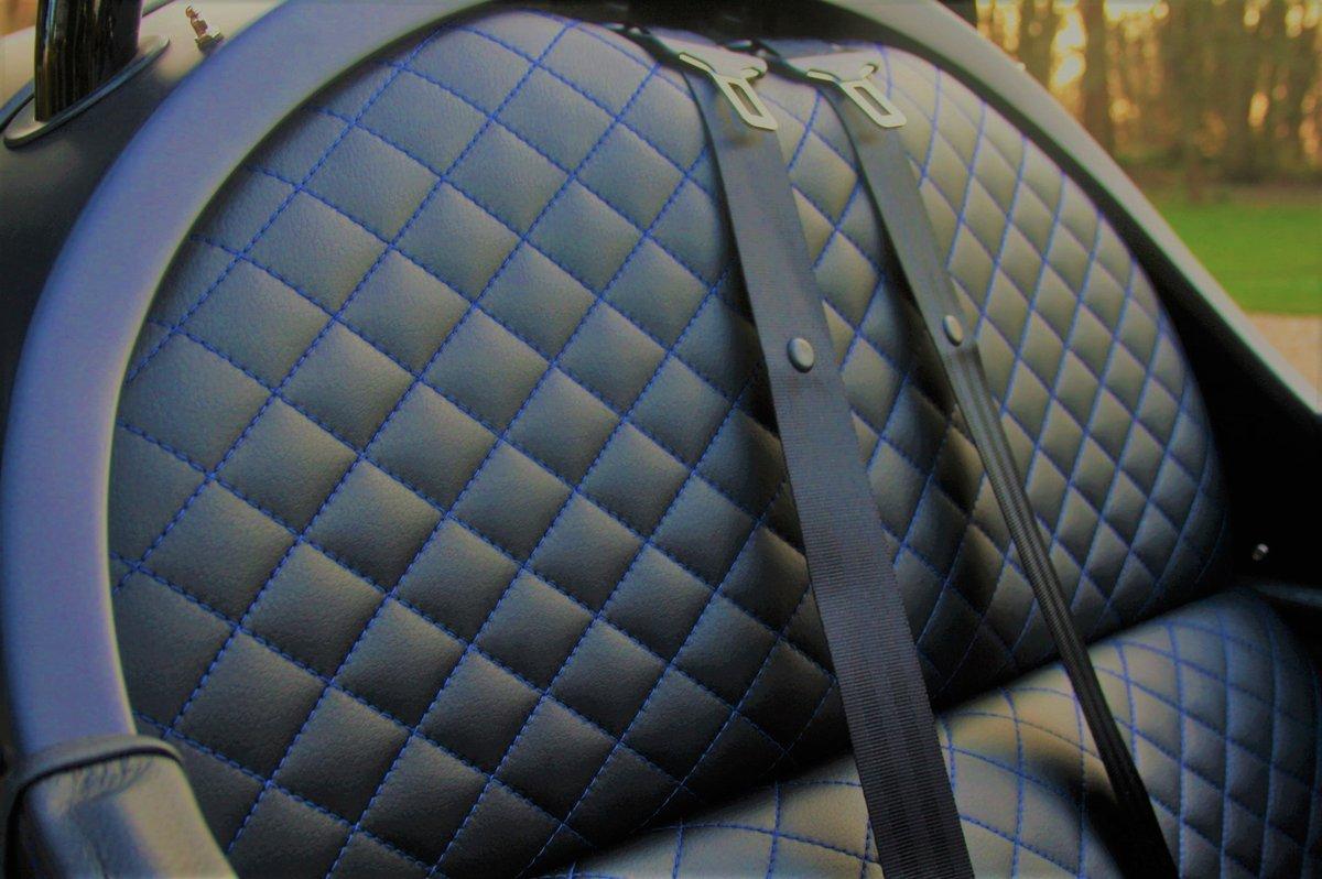 2019 FOR SALE  3-WHEELER BMW CARBON BLACK METALLIC MATT PAINT For Sale (picture 5 of 6)