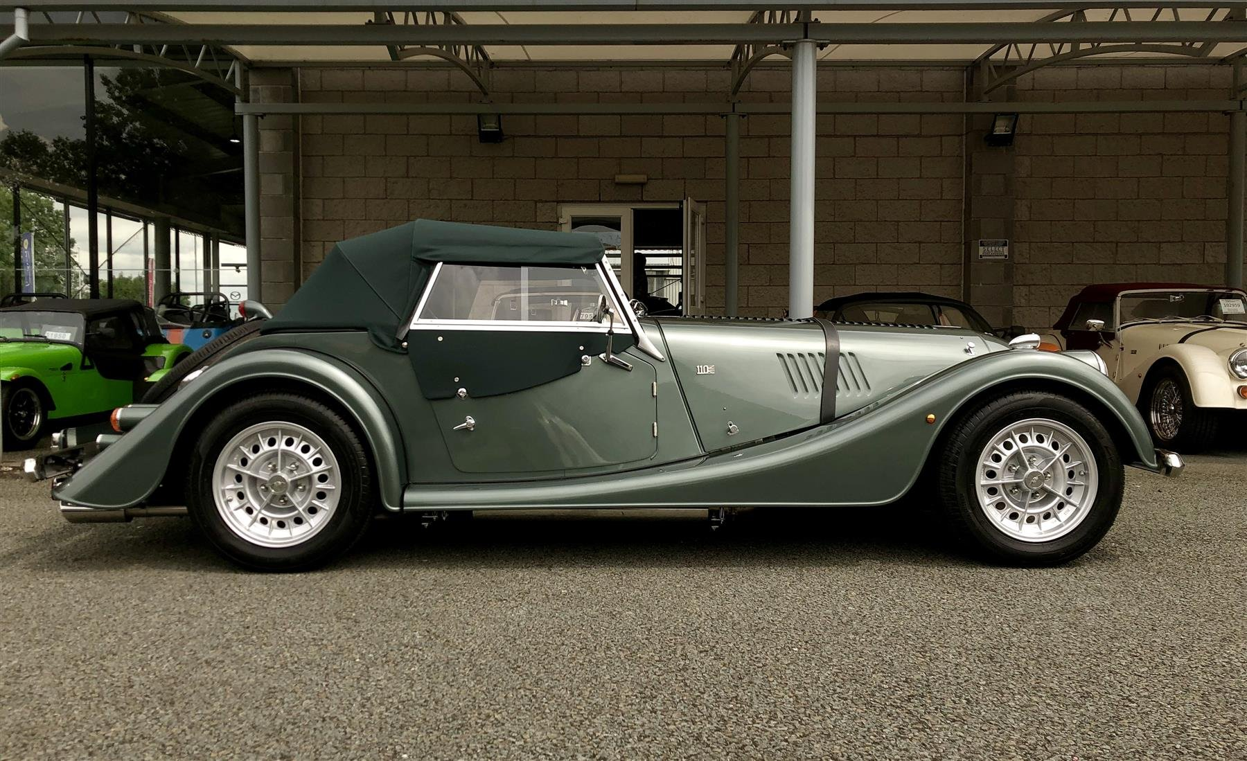 2019 Morgan Roadster 3.7 V6 110th Anniversary  (NEW CAR) For Sale (picture 4 of 6)