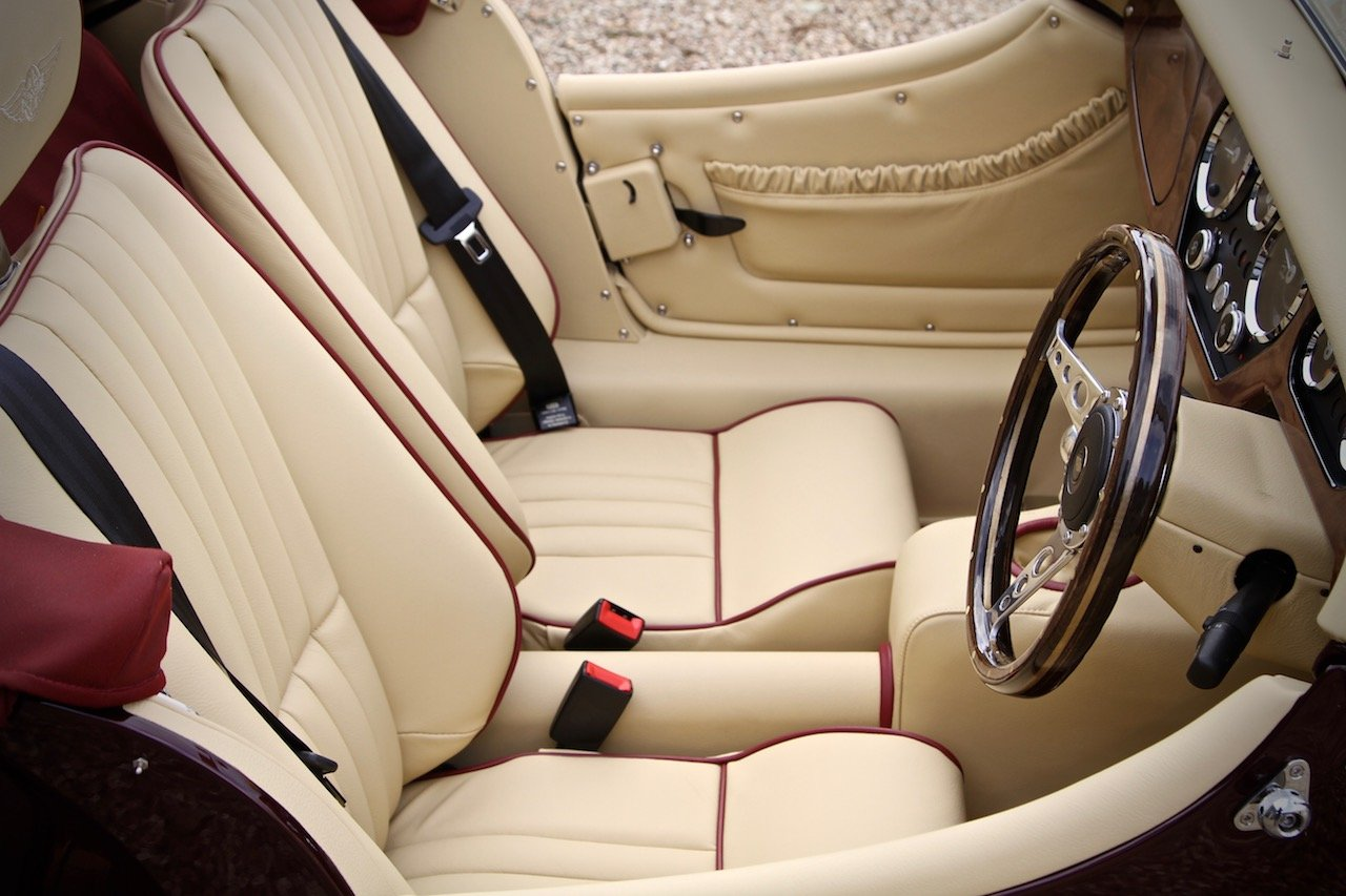 2019 NEW Morgan Plus 4 110, Bentley Velvet Red / Magnolia Leather For Sale (picture 4 of 6)