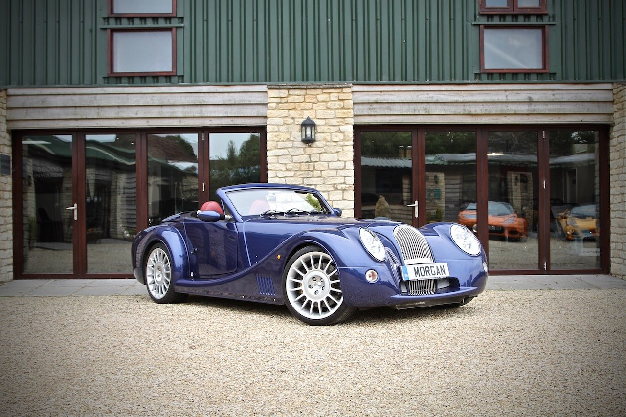 2017 Morgan Aero 8 4.8 V8 Series 5, Royal Blue Metallic For Sale (picture 1 of 6)