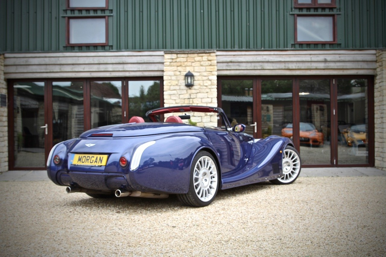 2017 Morgan Aero 8 4.8 V8 Series 5, Royal Blue Metallic For Sale (picture 3 of 6)