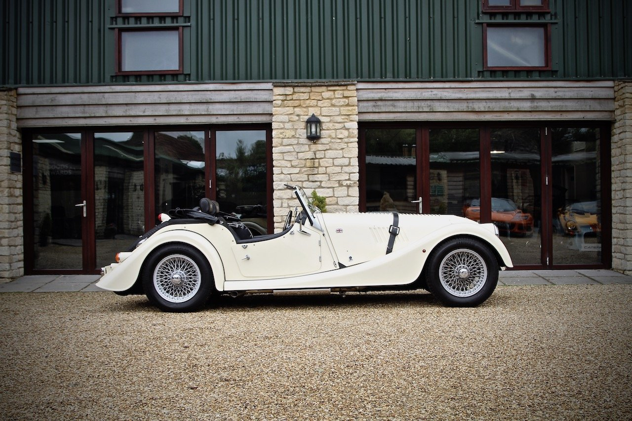 2015 Morgan 4/4 1.6, Classic Ivory over Black Leather For Sale (picture 2 of 6)