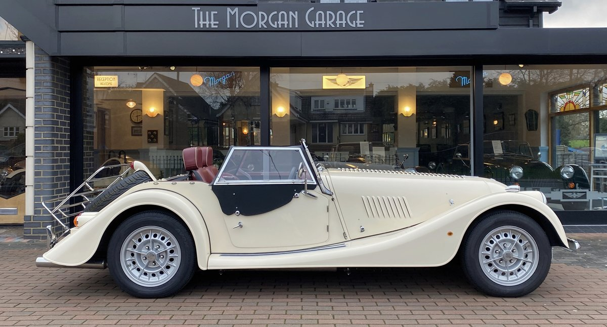 2001 Morgan +8 SOLD (picture 3 of 6)