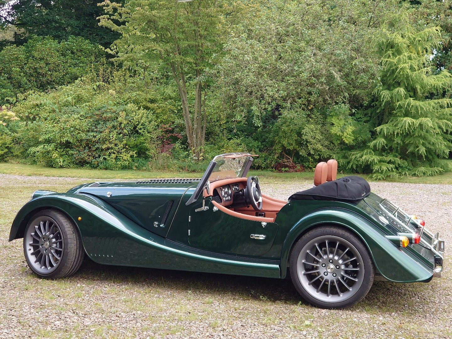 2020 Morgan Plus Six Launch Edition For Sale (picture 5 of 6)