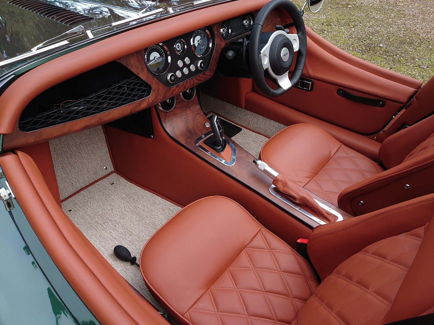 2020 Morgan Plus Six Launch Edition For Sale (picture 6 of 6)