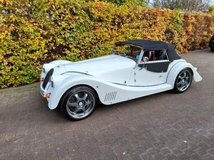 Picture of 2012 Morgan Plus 8, white, red leather