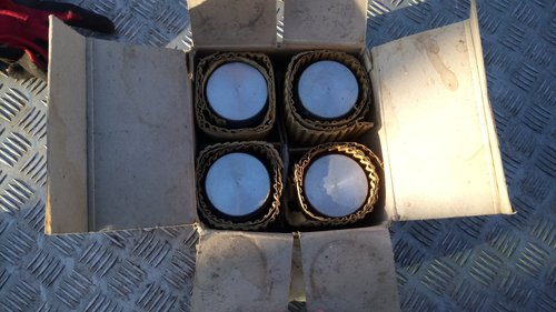 Set of new Morris 12 Pistons +020 SOLD (picture 1 of 3)
