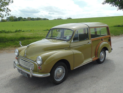 1971 Morris Minor 1000 Traveller SOLD (picture 1 of 6)
