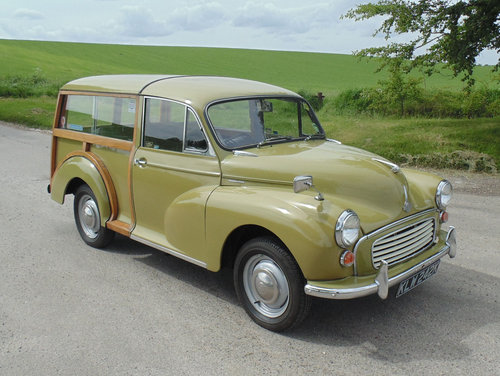 1971 Morris Minor 1000 Traveller SOLD (picture 2 of 6)
