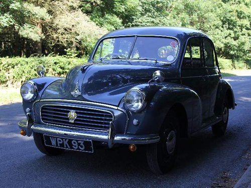 1955 Morris Minor Splitscreen - 1 owner and 3k miles in 40 years SOLD (picture 2 of 6)