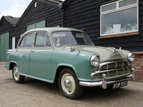 1958 MORRIS OXFORD SERIES 3 - OUTSTANDING, RESTORED & UPGRADED !! SOLD (picture 1 of 6)