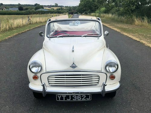 1970 Morris Minor Convertible 1098cc SOLD (picture 2 of 6)