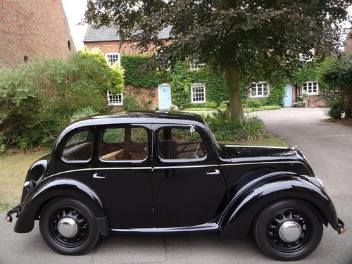 Morris 8 SOLD (picture 2 of 6)