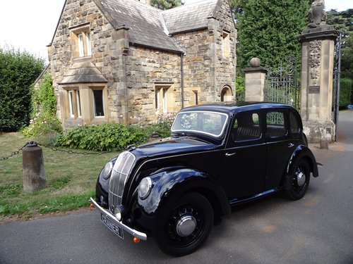 Morris 8 SOLD (picture 3 of 6)